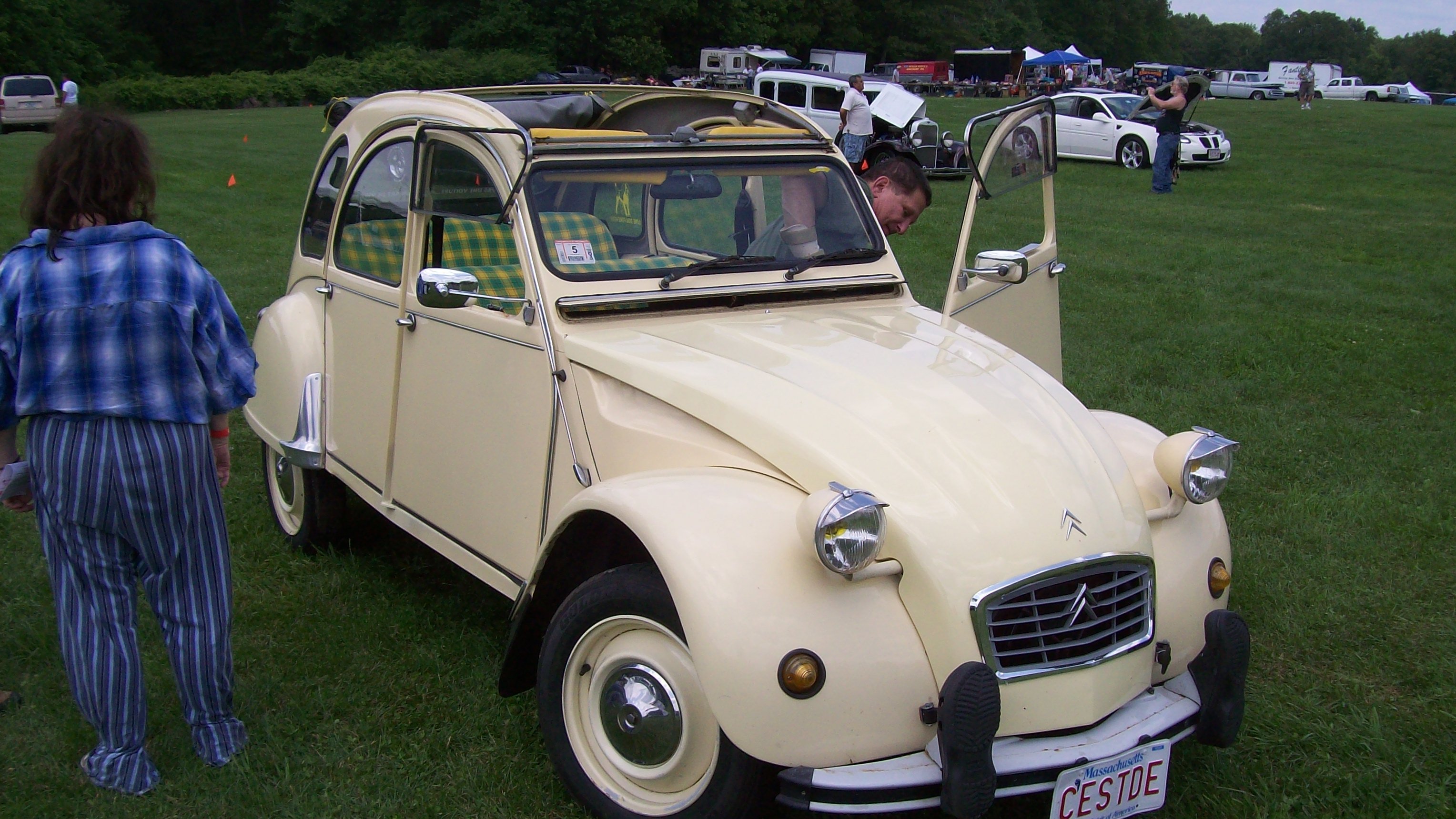 Citroen 2CV Spotted at Ashland, MA Car Show |