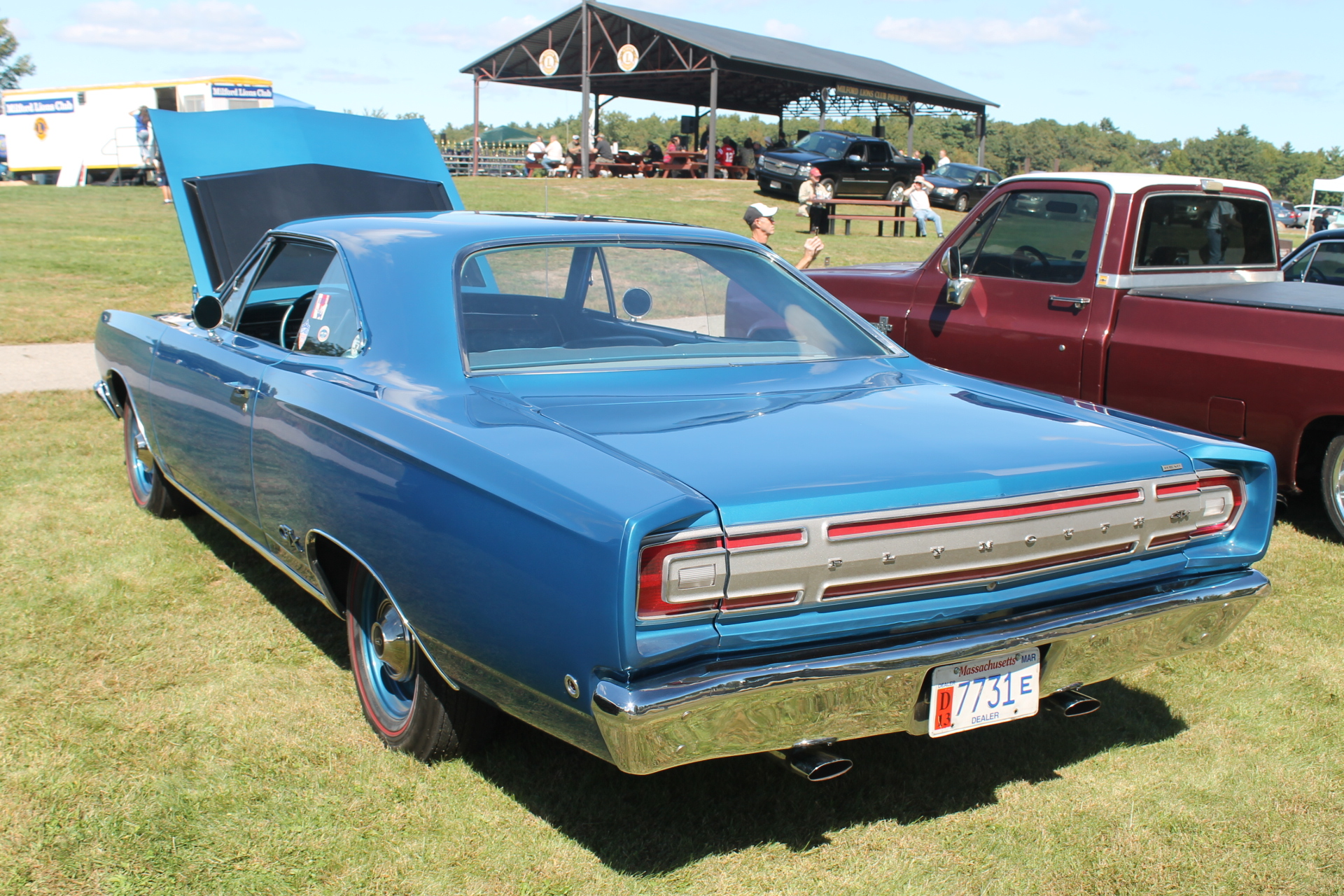 "The ""Real"" Hemi: The Chrysler 426 Cubic Inch Hemi Engine 