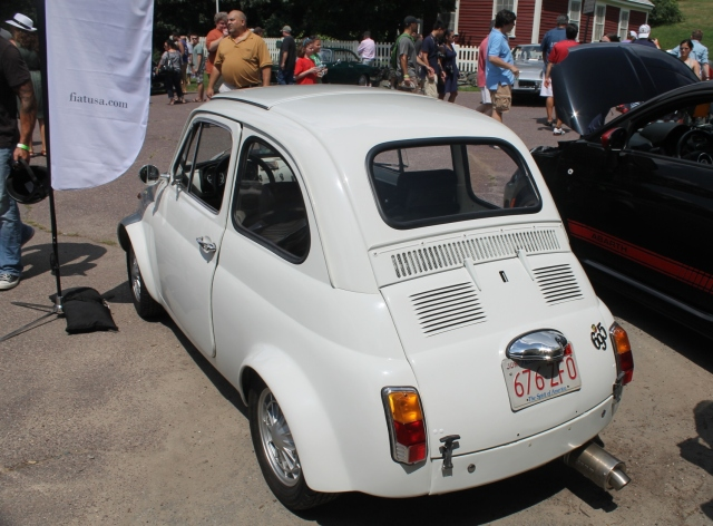 some fiat abarth cars based on the fiat 500. Black Bedroom Furniture Sets. Home Design Ideas