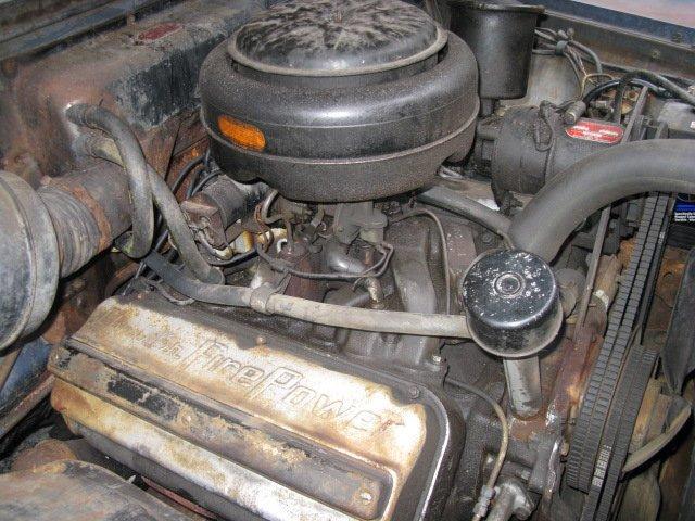 Chrysler V8 Hemi 331 unrestored