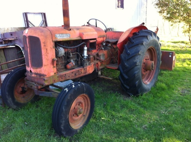 Nuffield Tractor (2)
