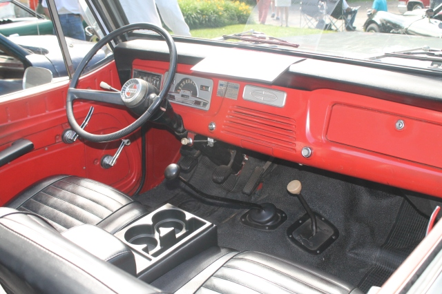 Jeepster 1967 (4)