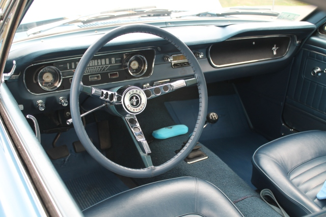 Ford Mustang Fastback 1965 (2)