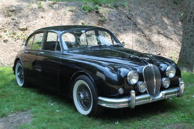 Jaguar Mk II Sedan (1)