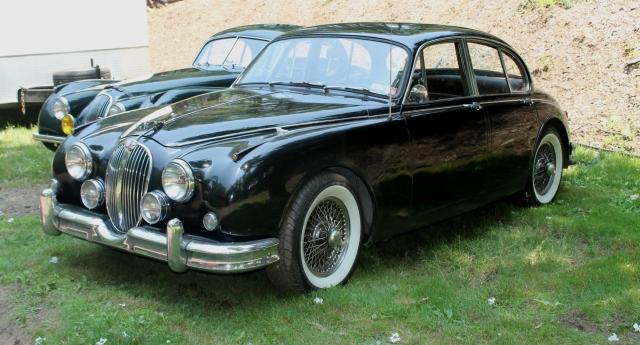 Jaguar Mk II Sedan (2)