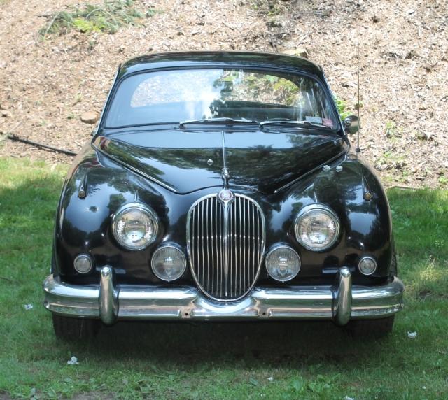 Jaguar Mk II Sedan (3)