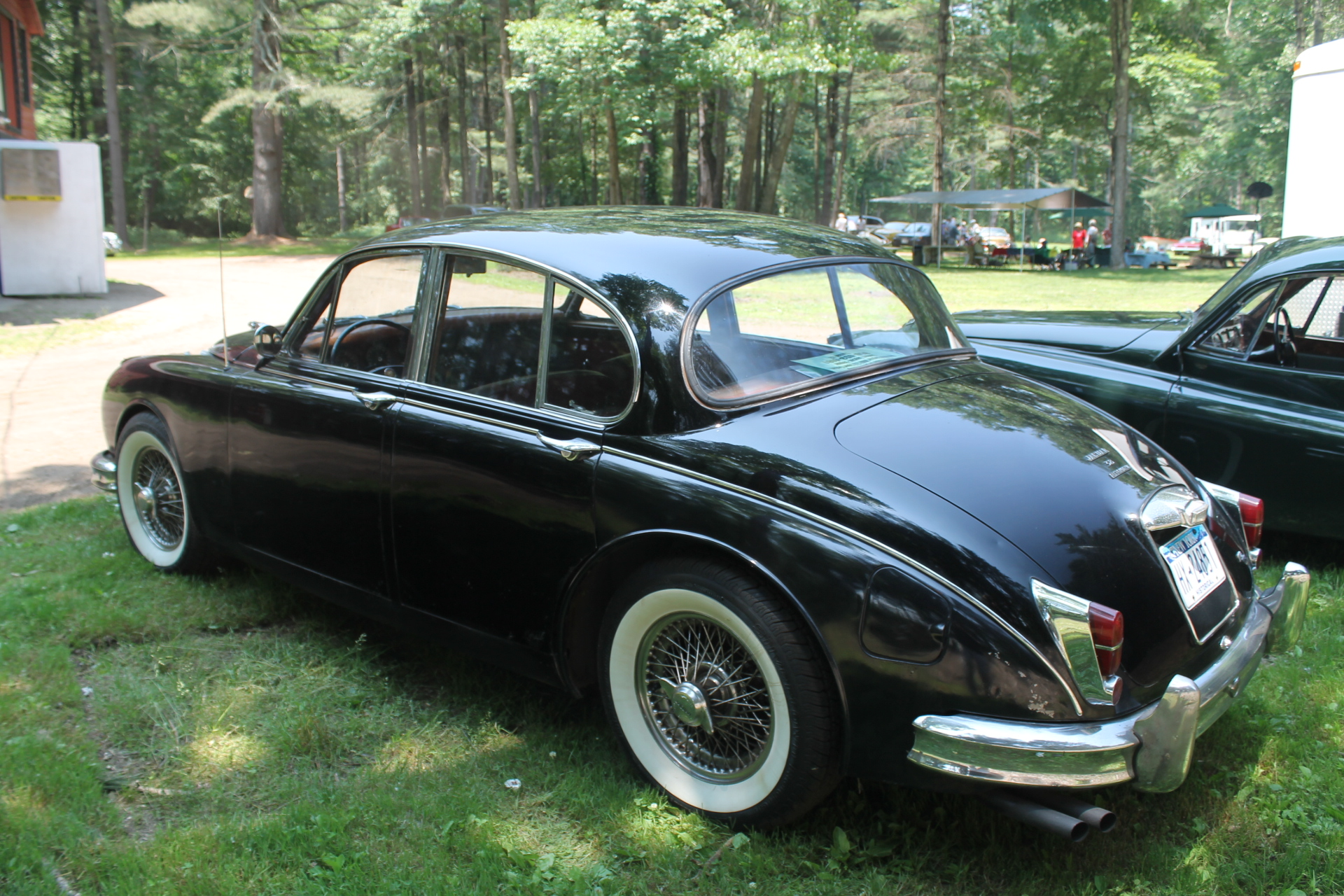 jaguar mk ii sedan. Black Bedroom Furniture Sets. Home Design Ideas