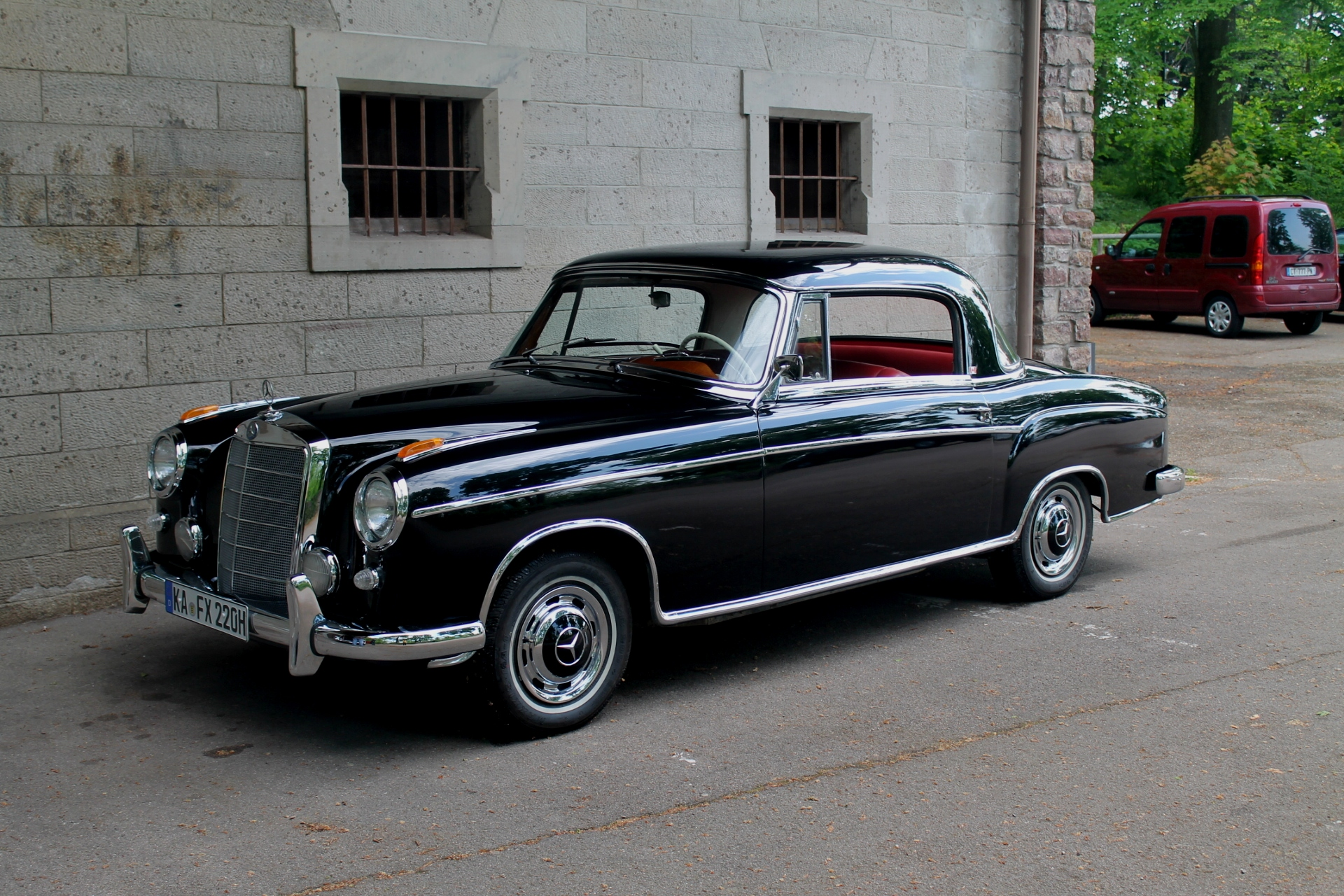 Classic Mercedes-Benz Coupe
