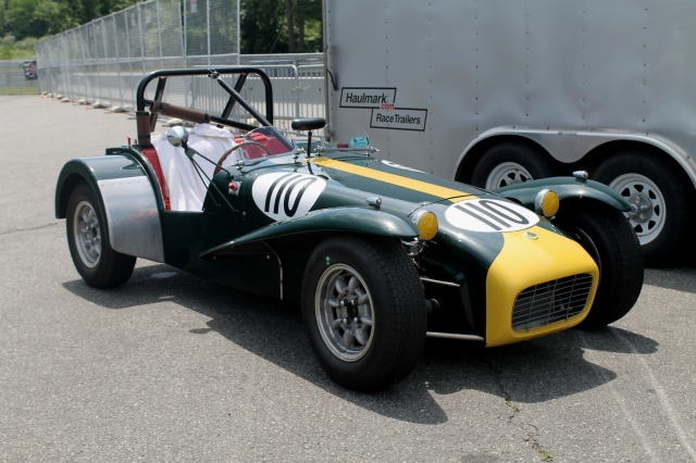 Lotus 7 Green Yellow (4)