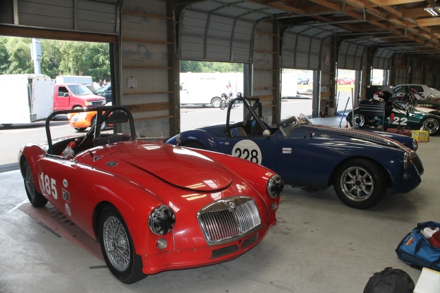 MGA Race Cars (1)