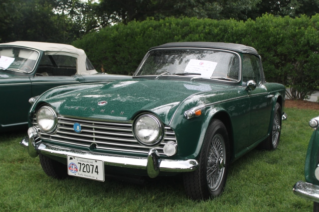 Triumph TR4A IRS (2)