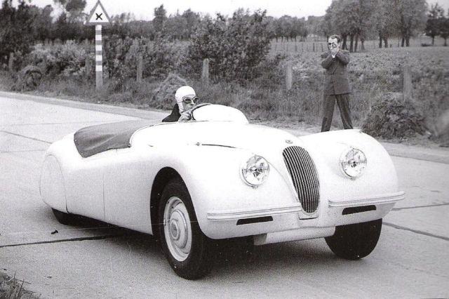 Jabbeke Jaguar RonSutton Sports Car Digest