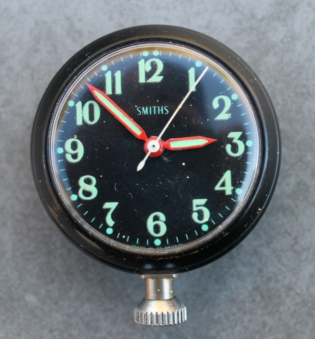 Smith Dashboard Clock Front 2