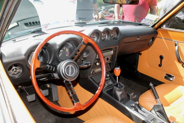 Datsun 240Z (5)