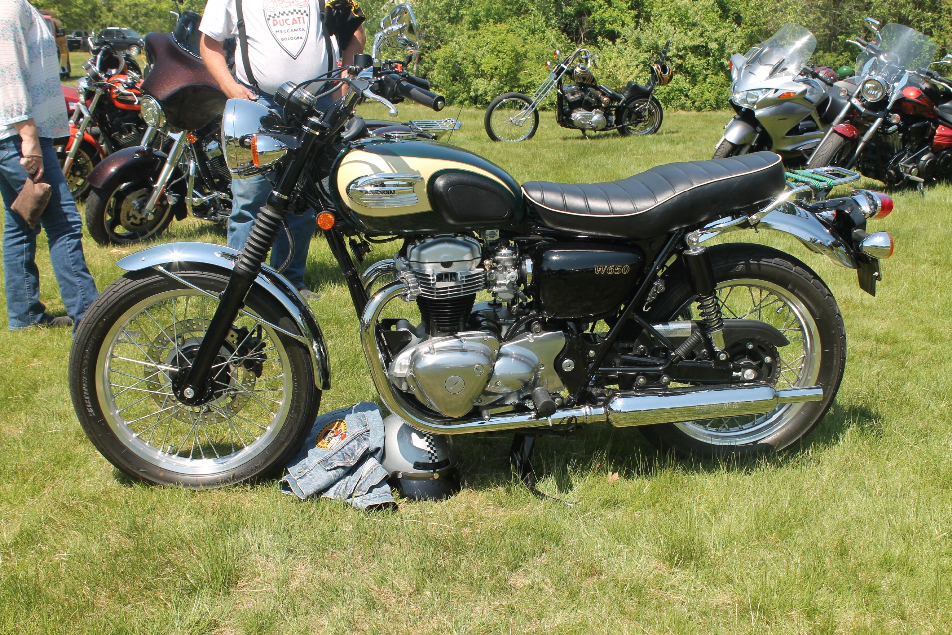 An English Style Kawasaki W650 Sighted