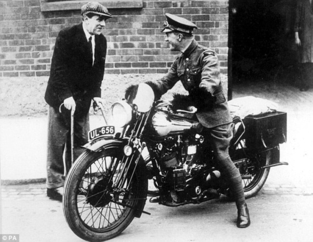 Lawrence Arabia Gets New Brough Bike (1)