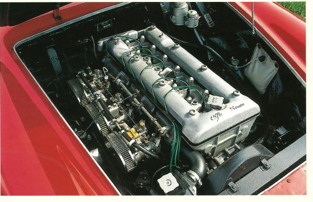 Alfa Romeo 2600 Spider Engine