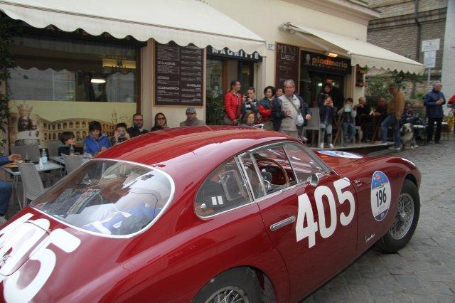 Car 196 (3)