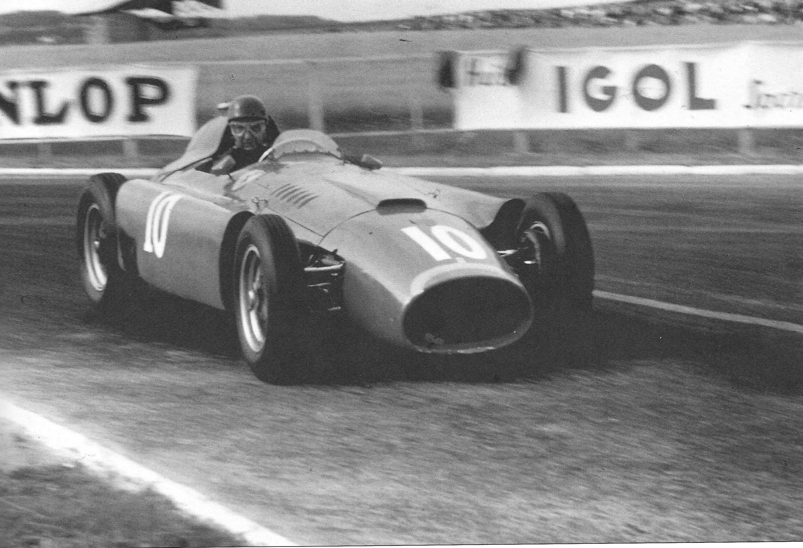 Lancia ferrari d50 at thompson speedway vintage event fangio lancia ferrari d50 1956 vanachro Gallery